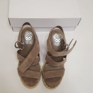 Vince Camuto Size 6.5 NWT Grey Espadrille Wedges
